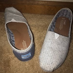 Crossword Toms size 9.5 like new